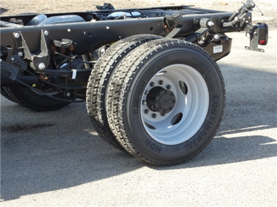 2018 F-450 Regular Cab DRW 4x4, Cab Chassis #6355 - photo 10