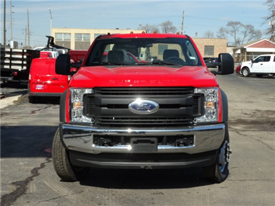 2018 F-450 Regular Cab DRW 4x4, Cab Chassis #6355 - photo 6
