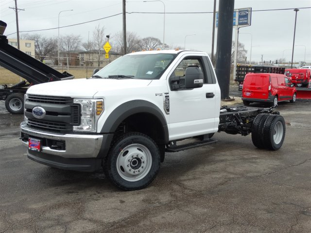 2018 F-550 Regular Cab DRW 4x4, Cab Chassis #6356 - photo 3