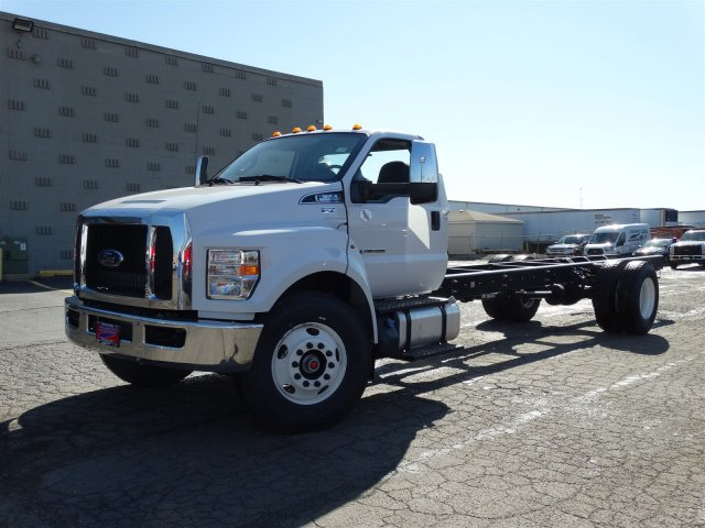 2018 F-650 Regular Cab DRW, Cab Chassis #6358 - photo 3