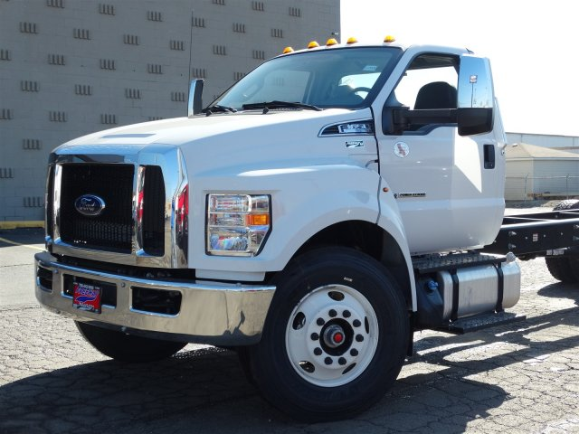 2018 F-650 Regular Cab DRW, Cab Chassis #6358 - photo 4