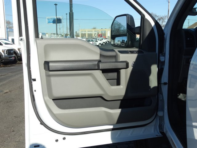 2019 F-450 Regular Cab DRW 4x2,  Cab Chassis #6391 - photo 9