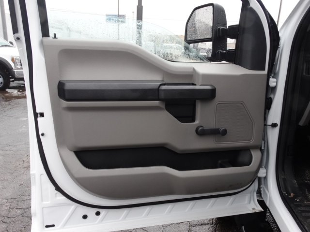 2019 F-450 Crew Cab DRW 4x2,  Cab Chassis #6403 - photo 11