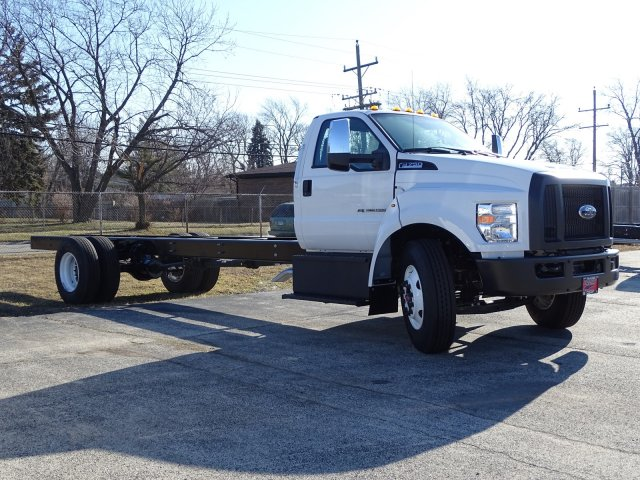 2019 Ford F-750 Regular Cab DRW 4x2, Cab Chassis #6504 - photo 1