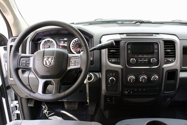 2017 Ram 3500 Crew Cab 4x4,  Pickup #4223 - photo 13