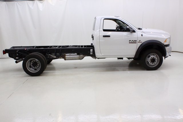 2017 Ram 5500 Regular Cab DRW 4x4, Cab Chassis #4239 - photo 3