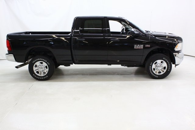 2018 Ram 2500 Crew Cab 4x4, Pickup #4384 - photo 3