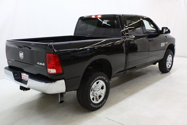 2018 Ram 2500 Crew Cab 4x4, Pickup #4384 - photo 2
