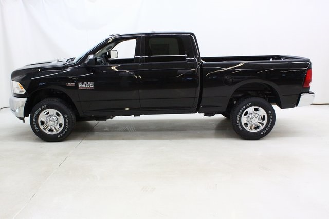 2018 Ram 2500 Crew Cab 4x4, Pickup #4384 - photo 7