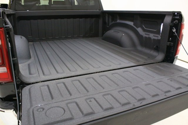 2019 Ram 1500 Crew Cab 4x4,  Pickup #4527 - photo 10