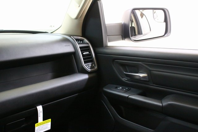 2019 Ram 1500 Crew Cab 4x4,  Pickup #4562 - photo 15