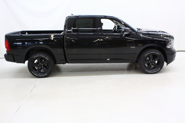 2019 Ram 1500 Crew Cab 4x4,  Pickup #4602 - photo 3