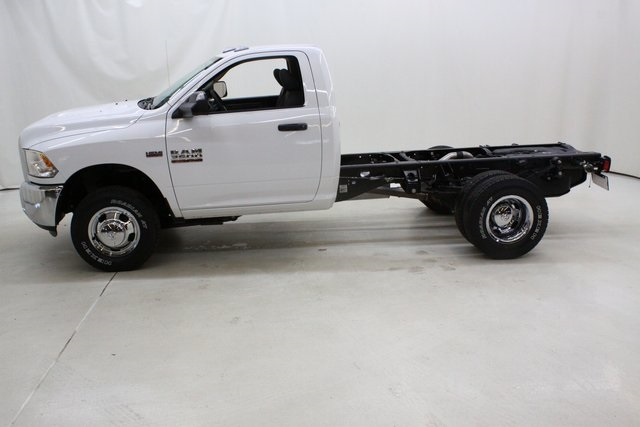 2018 Ram 3500 Regular Cab DRW 4x4,  Cab Chassis #4621 - photo 7