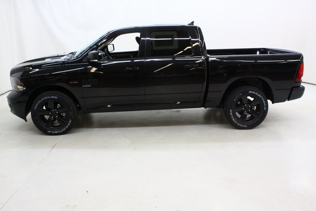2019 Ram 1500 Crew Cab 4x4,  Pickup #4641 - photo 7