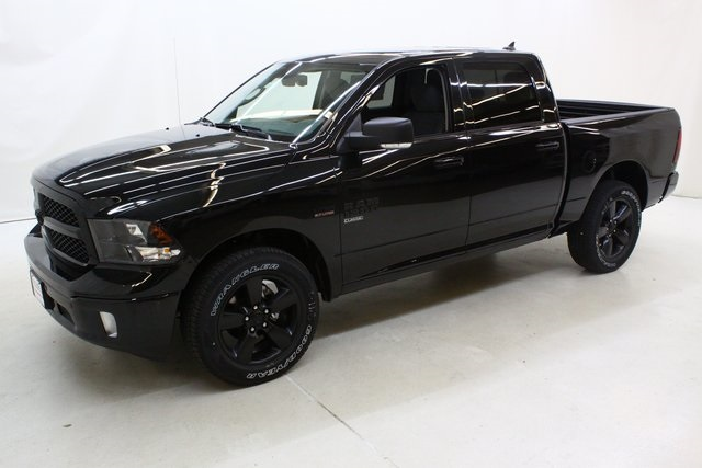 2019 Ram 1500 Crew Cab 4x4,  Pickup #4641 - photo 8