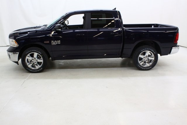 2019 Ram 1500 Crew Cab 4x4,  Pickup #4652 - photo 7