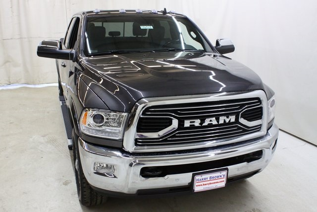 2018 Ram 3500 Crew Cab 4x4,  Pickup #4657 - photo 5