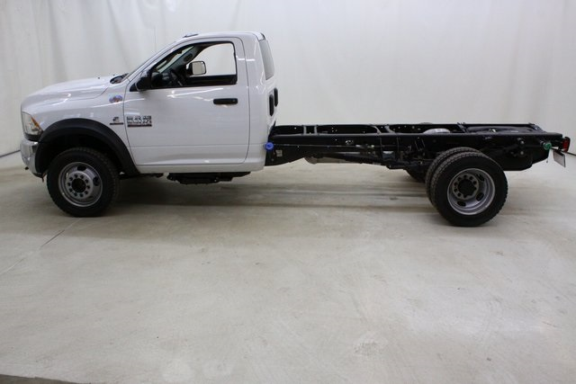 2018 Ram 5500 Regular Cab DRW 4x4,  Cab Chassis #4672 - photo 7