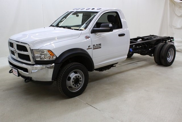 2018 Ram 5500 Regular Cab DRW 4x4,  Cab Chassis #4672 - photo 8