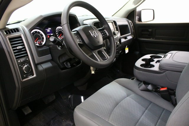 2019 Ram 1500 Crew Cab 4x4,  Pickup #4700 - photo 11