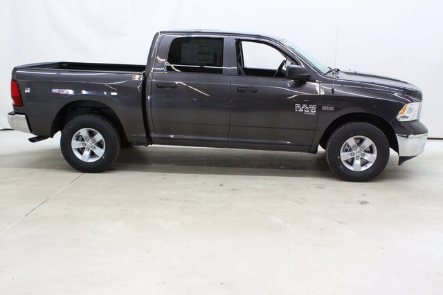 2019 Ram 1500 Crew Cab 4x4,  Pickup #4700 - photo 3