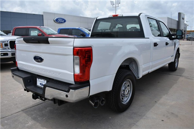 2018 F-250 Crew Cab 4x2,  Pickup #JEC66630 - photo 5