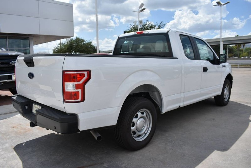 2018 F-150 Super Cab 4x2,  Pickup #JFA61597 - photo 5