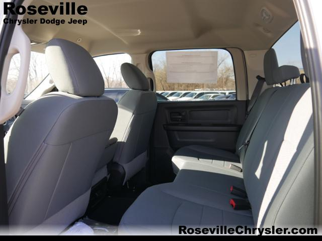 2018 Ram 2500 Crew Cab 4x4,  Pickup #43814 - photo 3