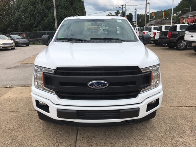 2018 F-150 Regular Cab 4x4, Pickup #A59632 - photo 3