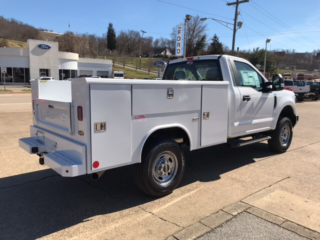 2018 F-250 Regular Cab 4x4, Reading Classic II Steel Service Body #B61195 - photo 2