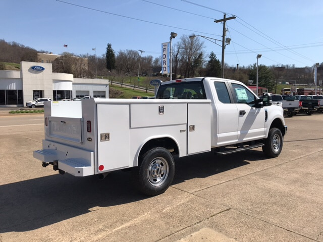 2018 F-250 Super Cab 4x4,  Reading Service Body #B85340 - photo 5