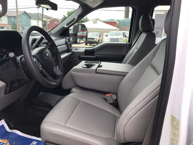 2018 F-350 Crew Cab DRW 4x4,  Reading Platform Body #B92685 - photo 13