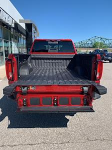 2021 GMC Sierra 2500 Crew Cab 4x4, Pickup #252421 - photo 6