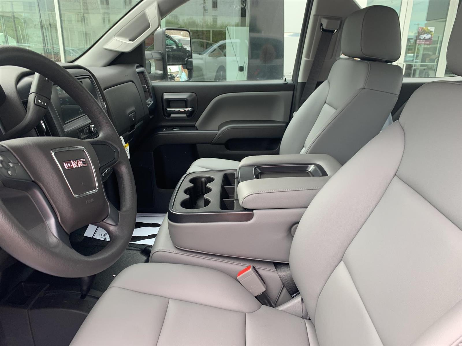 2019 GMC Sierra 3500 Crew Cab DRW 4x4, Reading Redi-Dek Platform Body #254765 - photo 7