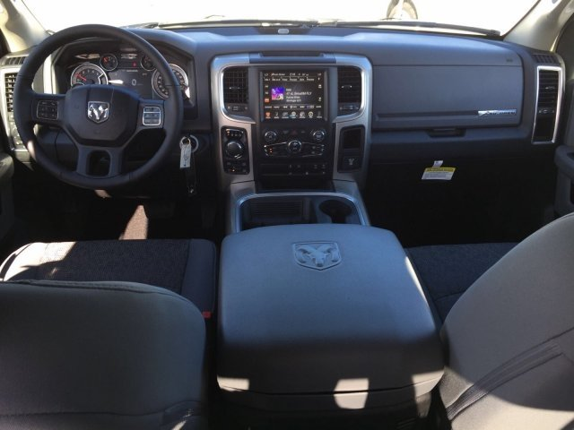 2017 Ram 1500 Crew Cab 4x4, Pickup #CD10768 - photo 5
