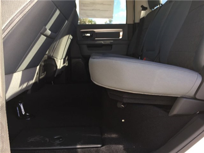 2017 Ram 1500 Crew Cab 4x4, Pickup #CD10768 - photo 9