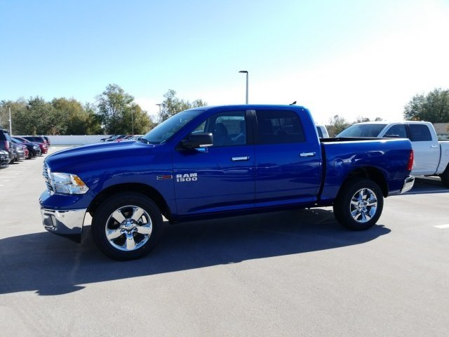 2017 Ram 1500 Crew Cab 4x4, Pickup #CD10949 - photo 5