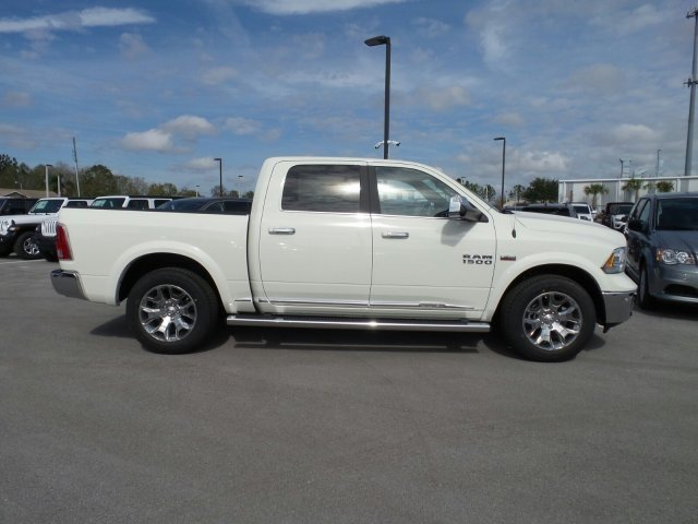 2018 Ram 1500 Crew Cab 4x4, Pickup #CD11284 - photo 4