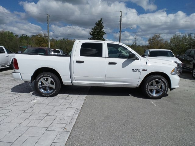 2018 Ram 1500 Crew Cab, Pickup #CD11423 - photo 4