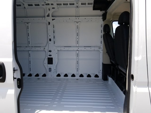2018 ProMaster 2500 High Roof 4x2,  Empty Cargo Van #CD11517 - photo 10