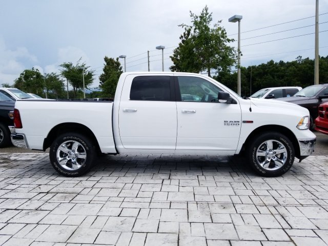 2018 Ram 1500 Crew Cab 4x2,  Pickup #CD11727 - photo 4