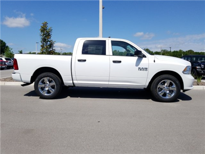 2018 Ram 1500 Crew Cab, Pickup #CD11799 - photo 4