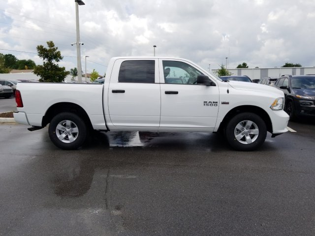 2018 Ram 1500 Crew Cab 4x2,  Pickup #CD11906 - photo 4