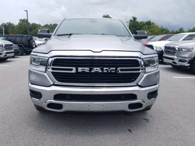 2019 Ram 1500 Crew Cab 4x2,  Pickup #CD12090 - photo 3
