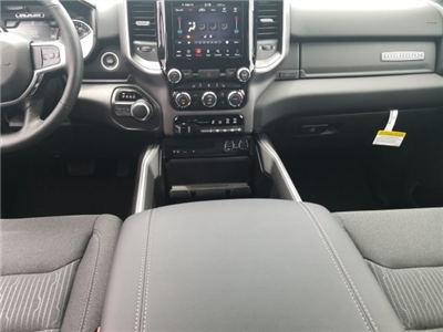 2019 Ram 1500 Crew Cab 4x2,  Pickup #CD12090 - photo 7