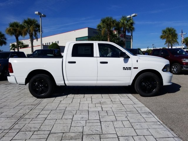 2018 Ram 1500 Crew Cab 4x2,  Pickup #CD12173 - photo 4