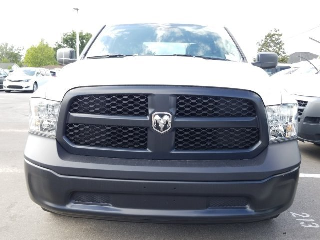 2018 Ram 1500 Crew Cab 4x2,  Pickup #CD20022 - photo 3