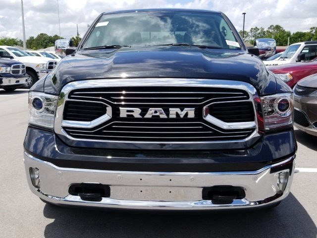 2018 Ram 1500 Crew Cab 4x2,  Pickup #CD20025 - photo 3