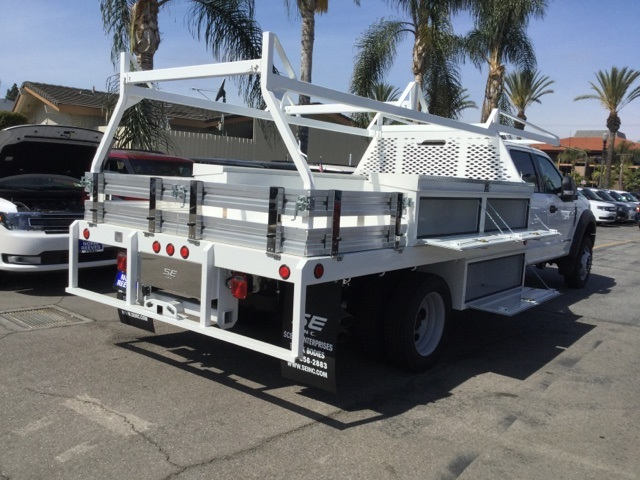 2017 F-550 Crew Cab DRW 4x2,  Scelzi Contractor Body #172964 - photo 2
