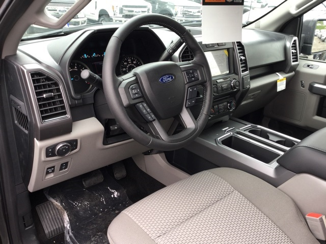 2018 F-150 SuperCrew Cab 4x2,  Pickup #180101 - photo 6